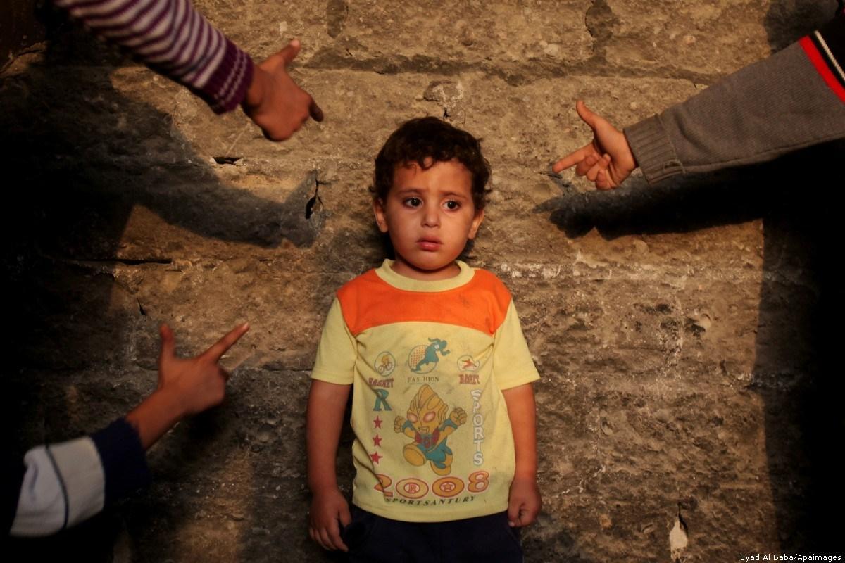 Festa del papà è celebrata con dolore da orfani palestinese