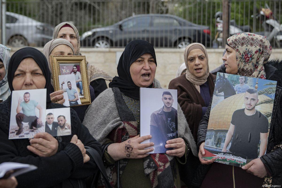 """Commissione per gli Affari dei Prigionieri Palestinesi: """"I crimini contro i nostri prigionieri stanno prendendo una piega pericolosa e senza precedenti"""""""