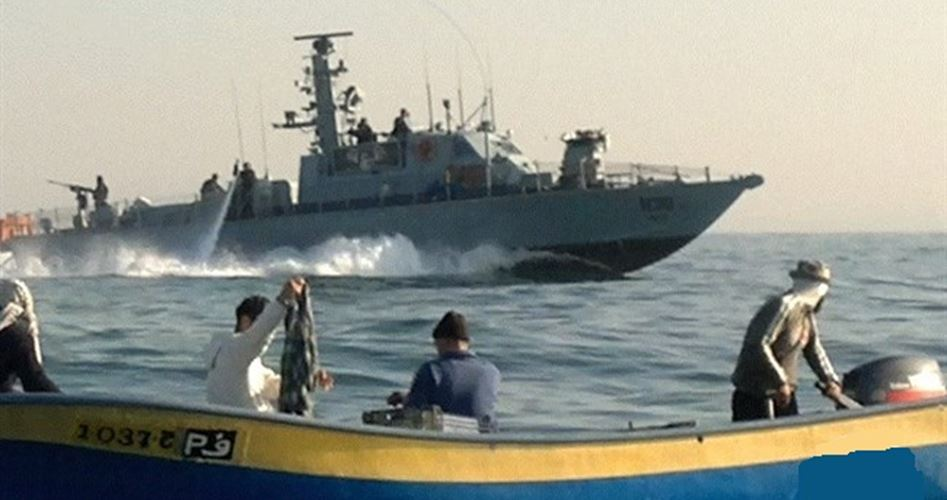 La Marina israeliana spara ai pescatori gazawi