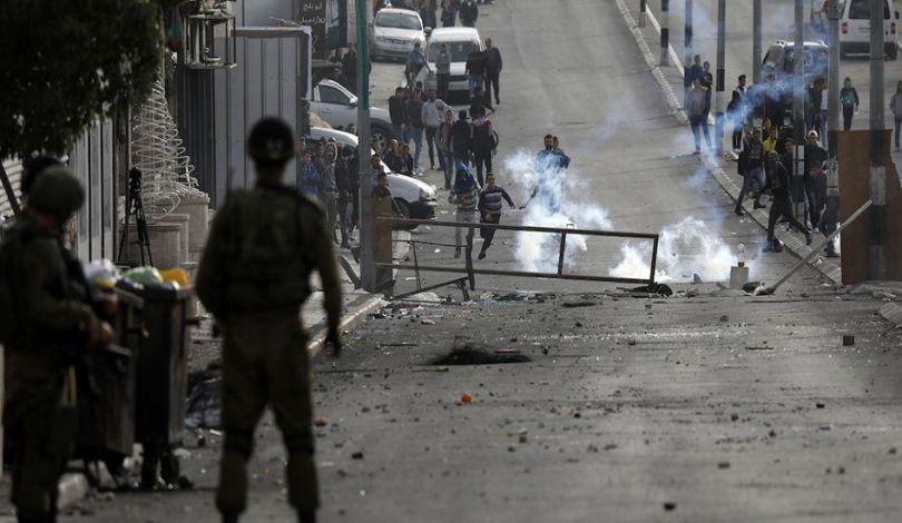 Due ragazzini feriti da proiettili letali israeliani a Abu Dis