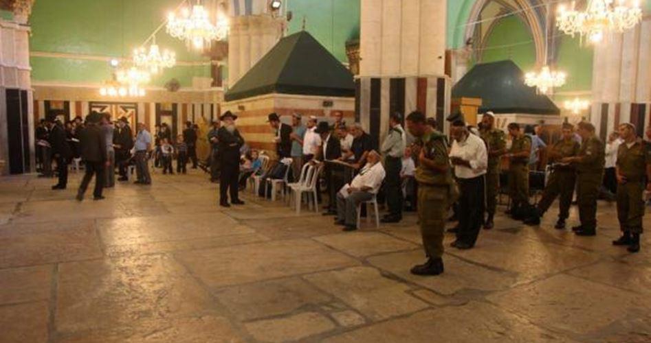 IOF chiudono Moschea di Ibrahimi ai musulmani