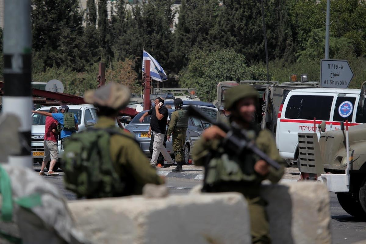 Israele arresta ragazza palestinese di ritorno da viaggio all'estero per cure mediche