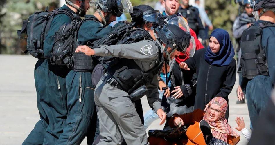 Gerusalemme, le forze di occupazione attaccano i Palestinesi a al-Aqsa, nel giorno dell'Eid al-Adha: 61 feriti