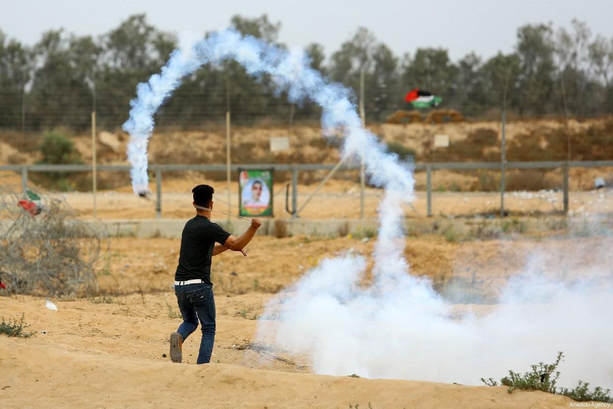 Le bombe a gas sono diventate l'arma israeliana per uccidere i manifestanti della Grande marcia del Ritorno