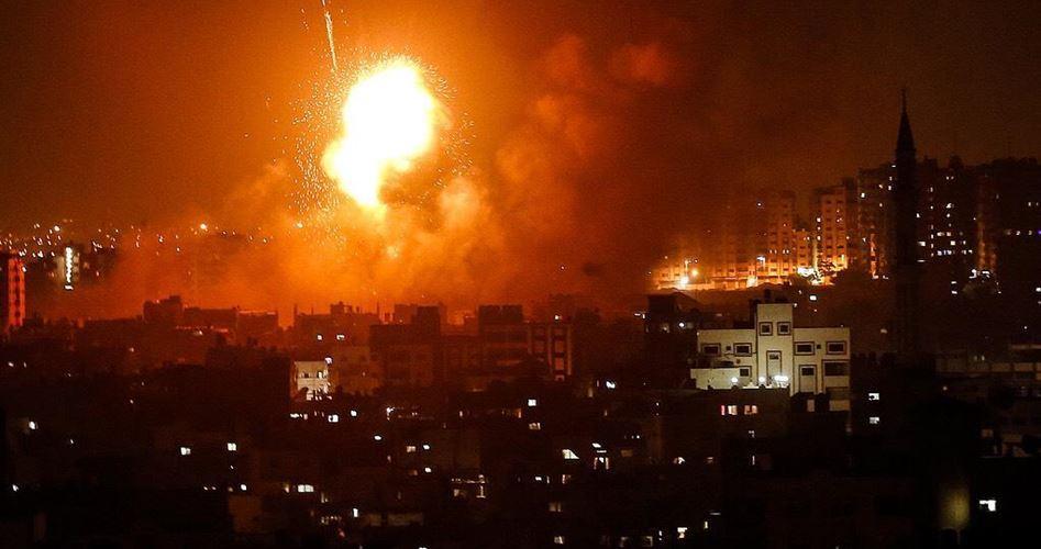 Raid aerei israeliani colpiscono siti della resistenza a Gaza
