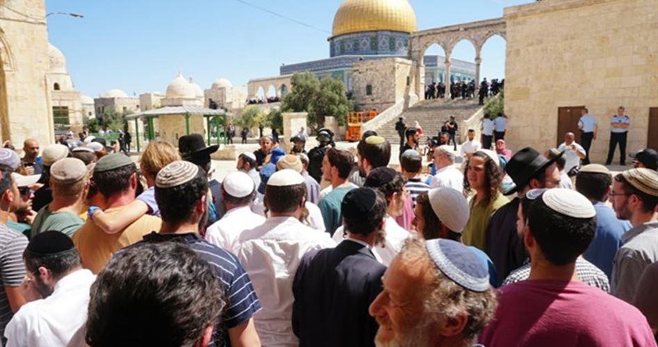 155 coloni invadono al-Aqsa