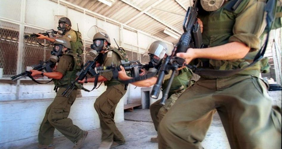 Agenti penitenziari israeliani realizzano operazioni violente nel carcere di Gilboa