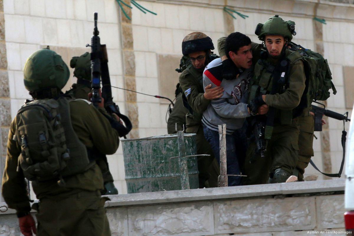 Ad agosto Israele arresta 450 palestinesi, tra cui 69 bambini