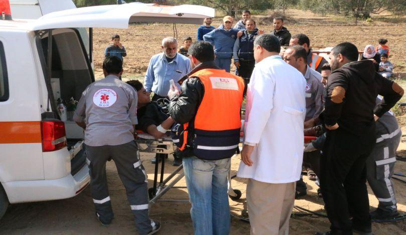 Striscia di Gaza, 55 Palestinesi feriti dalle forze israeliane nella Grande Marcia del Ritorno