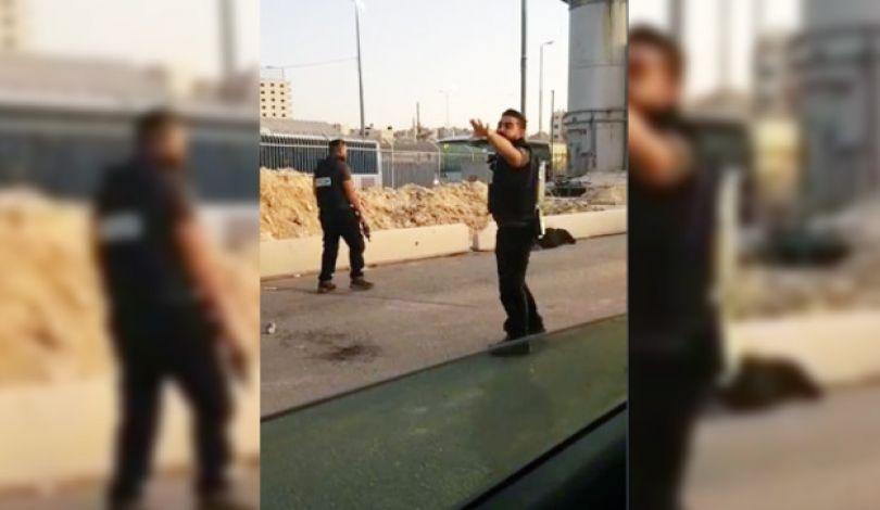 Le forze israeliane uccidono una donna al check-point di Qalandia