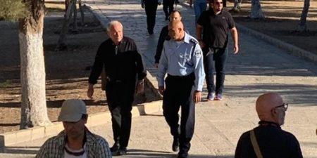 Avi Dichter, ex-capo dello Shin Bet, visita al-Aqsa