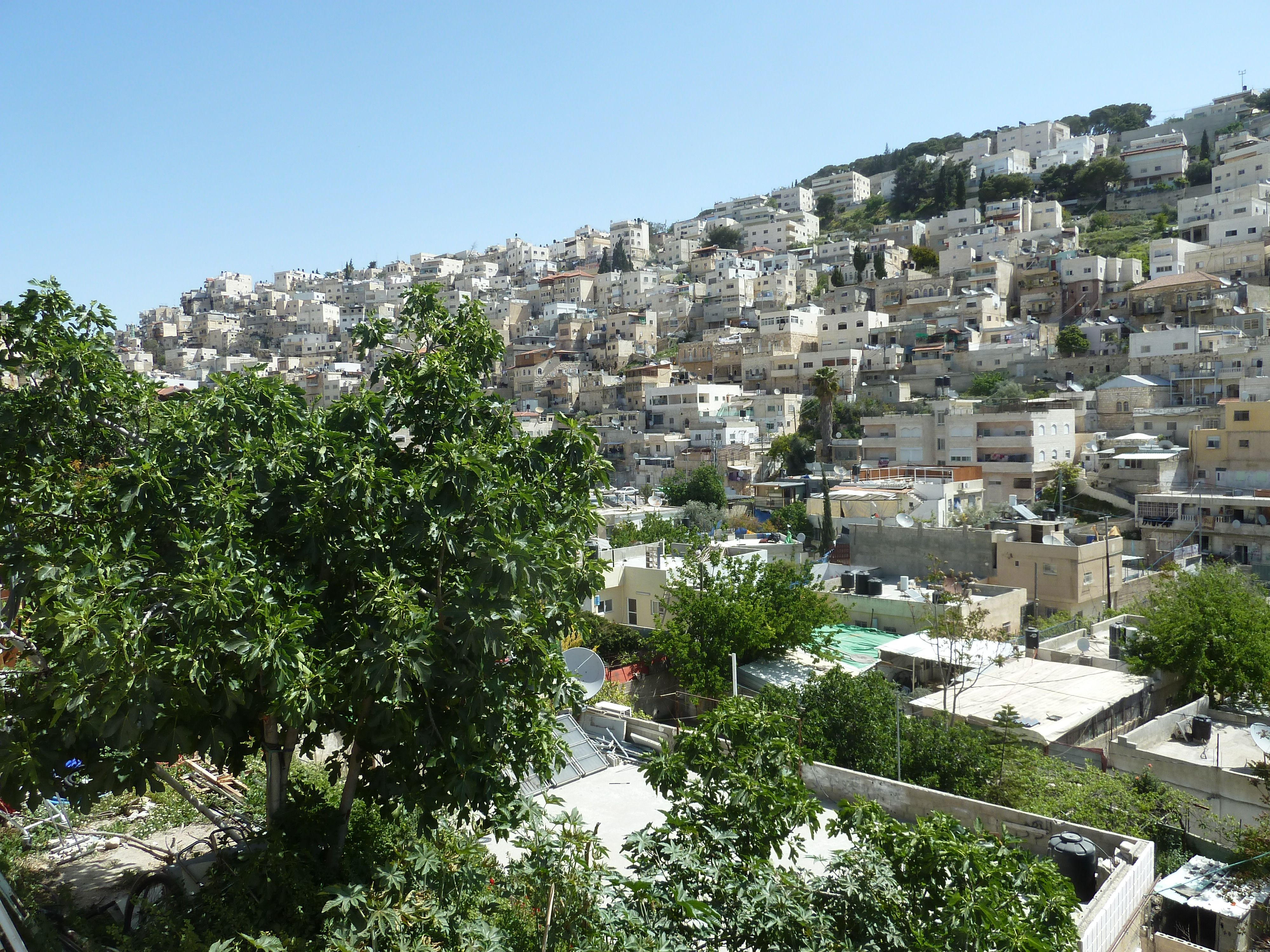 Tribunale israeliano ordina sfratto di famiglia palestinese a Silwan