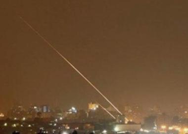Razzi da Gaza feriscono 7 palestinesi