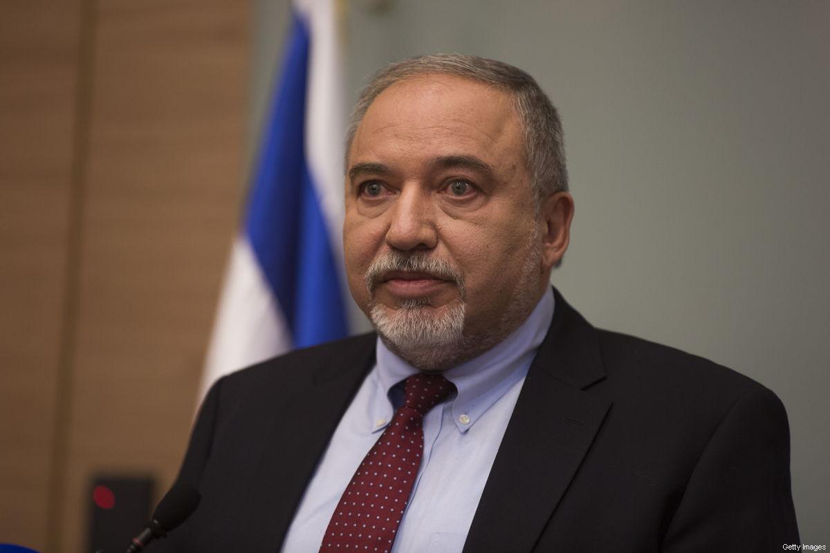 """Forze armate israeliane stanno diventando """"esercito di Dio"""", afferma Lieberman"""