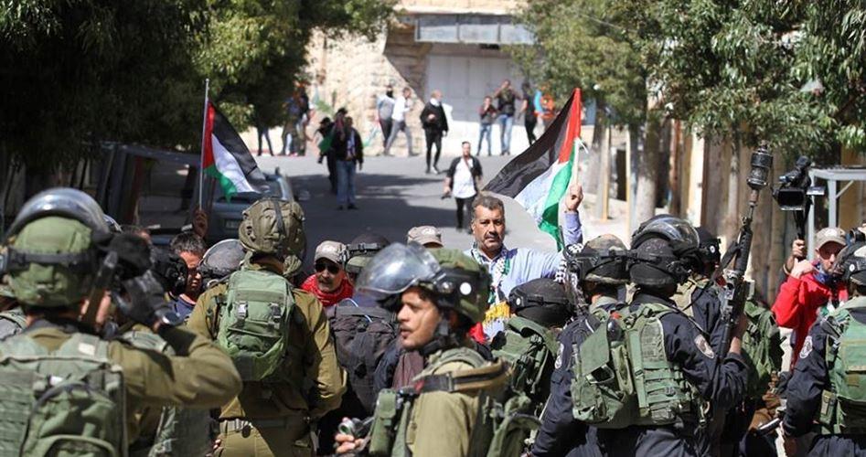 Civili e giornalisti palestinesi feriti durante scontri nella Valle del Giordano