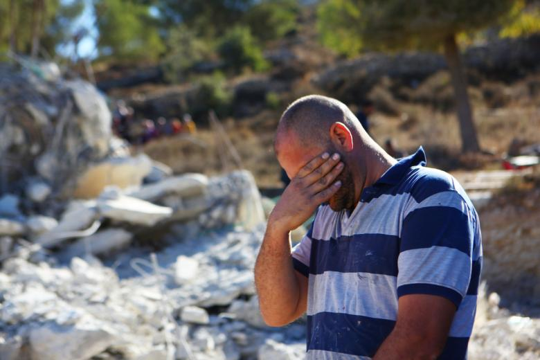 14 Palestinesi senzatetto dopo demolizione delle loro case