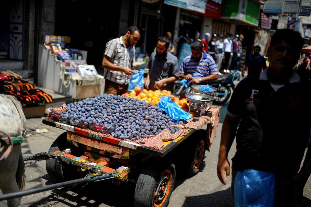 Israele continua ad impedire uscita da Gaza di alimenti trasformati per la vendita