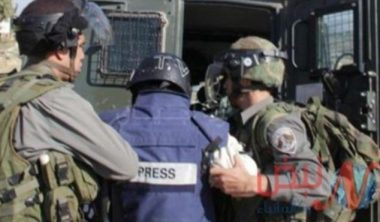 Sindacato giornalisti: 600 violazioni commesse contro i media palestinesi nel 2019