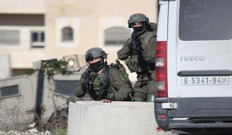 I proiettili dell'occupazione feriscono un palestinese a nord di Tulkarem