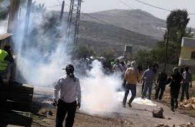 Diversi palestinesi feriti e asfissiati a Hebron