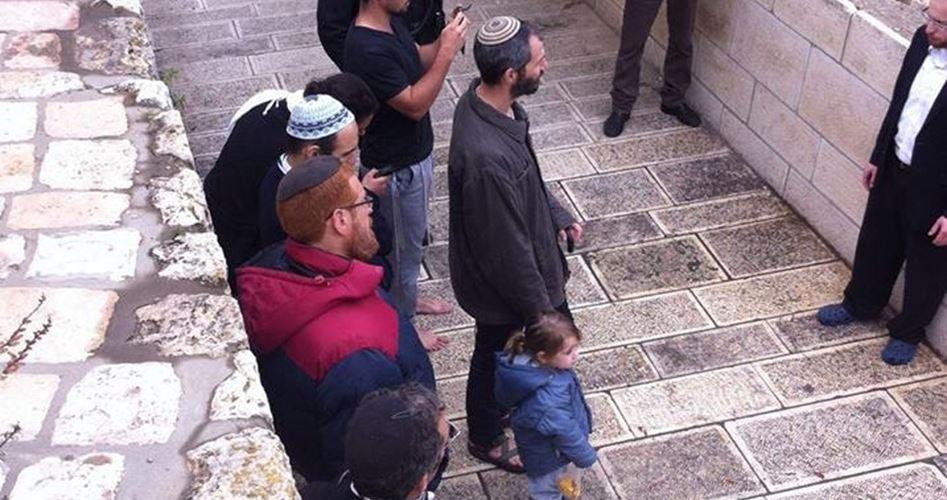 Gerusalemme, coloni guidati dall'ultra-ortodosso Glick hanno invaso i cortili di al-Aqsa