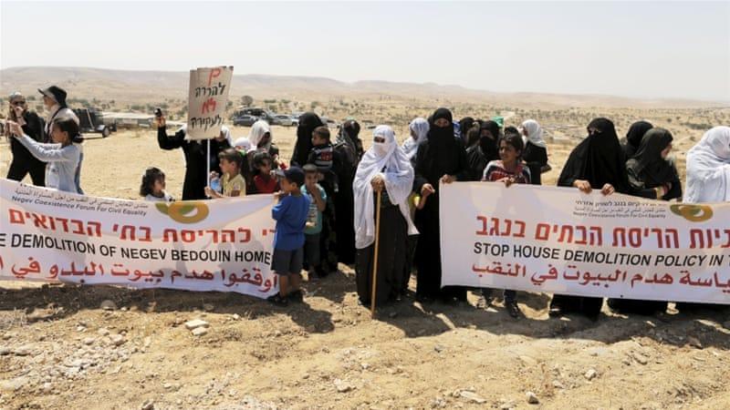 """Adalah: illegalità del piano israeliano di trasferimento di beduini palestinesi nei """"Campi di sfollamento per rifugiati"""" nel deserto del Negev"""