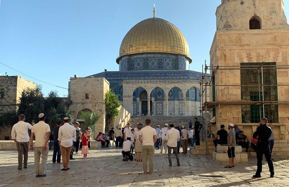 Gerusalemme, 200 coloni hanno invaso al-Aqsa