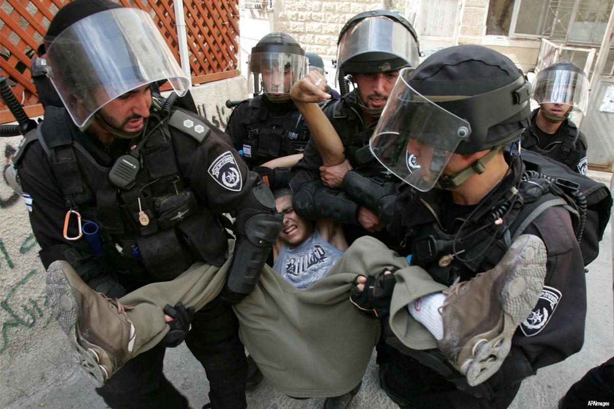 Nel 2019, 745 minorenni palestinesi arrestati da Israele