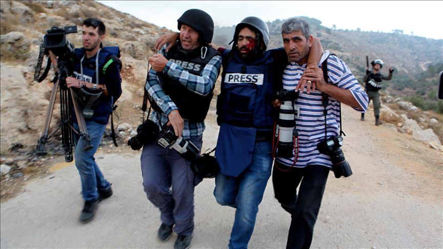 PJS: 760 violazioni da parte delle forze israeliane contro giornalisti palestinesi nel 2019