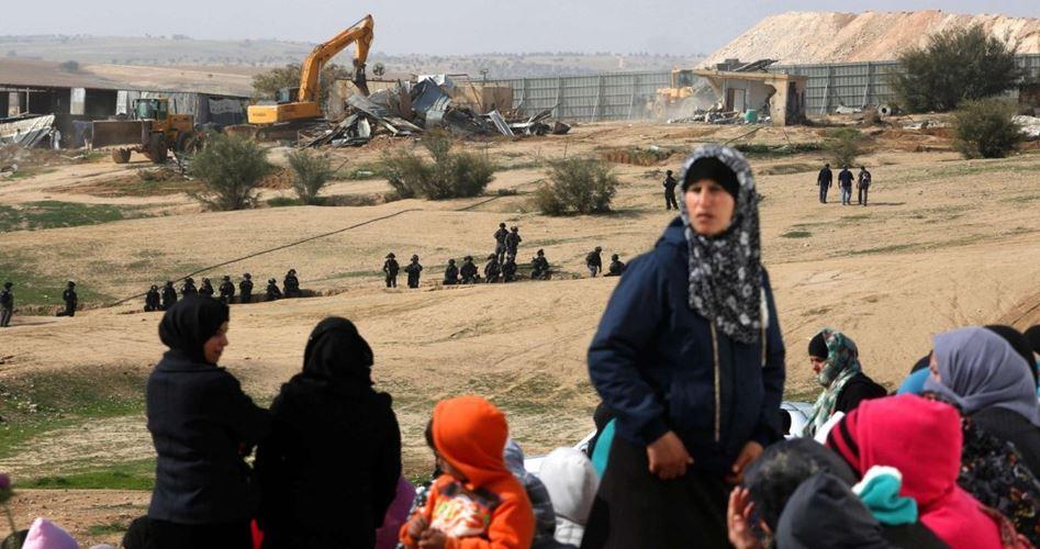 IOF confiscano cinque case beduine palestinesi a Gerusalemme