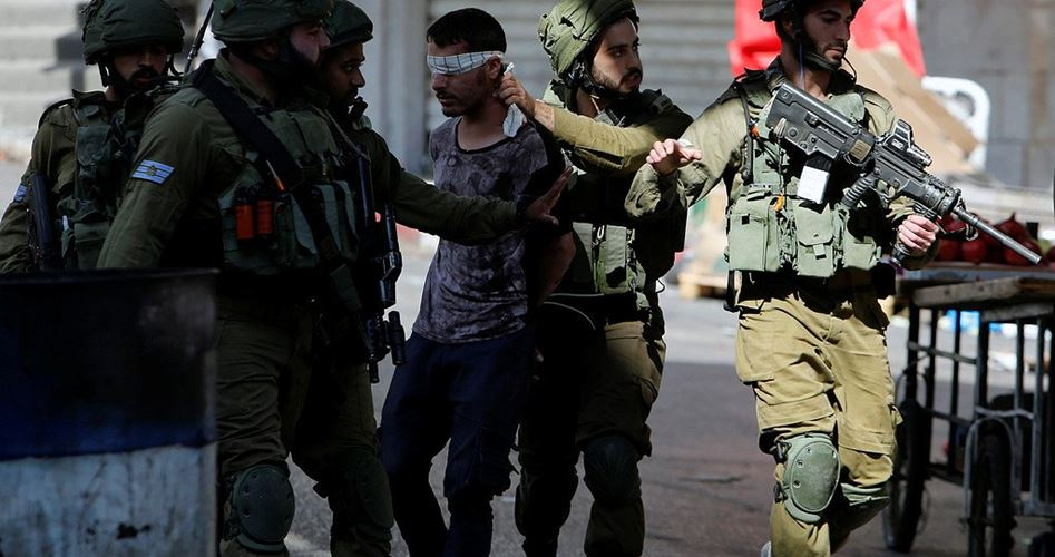 Incursione israeliana nel campo profughi di al-Arrub: diversi feriti e un giornalista arrestato