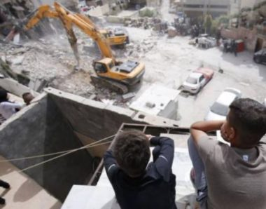 Ordini di demolizione per 8 abitazioni a Hebron