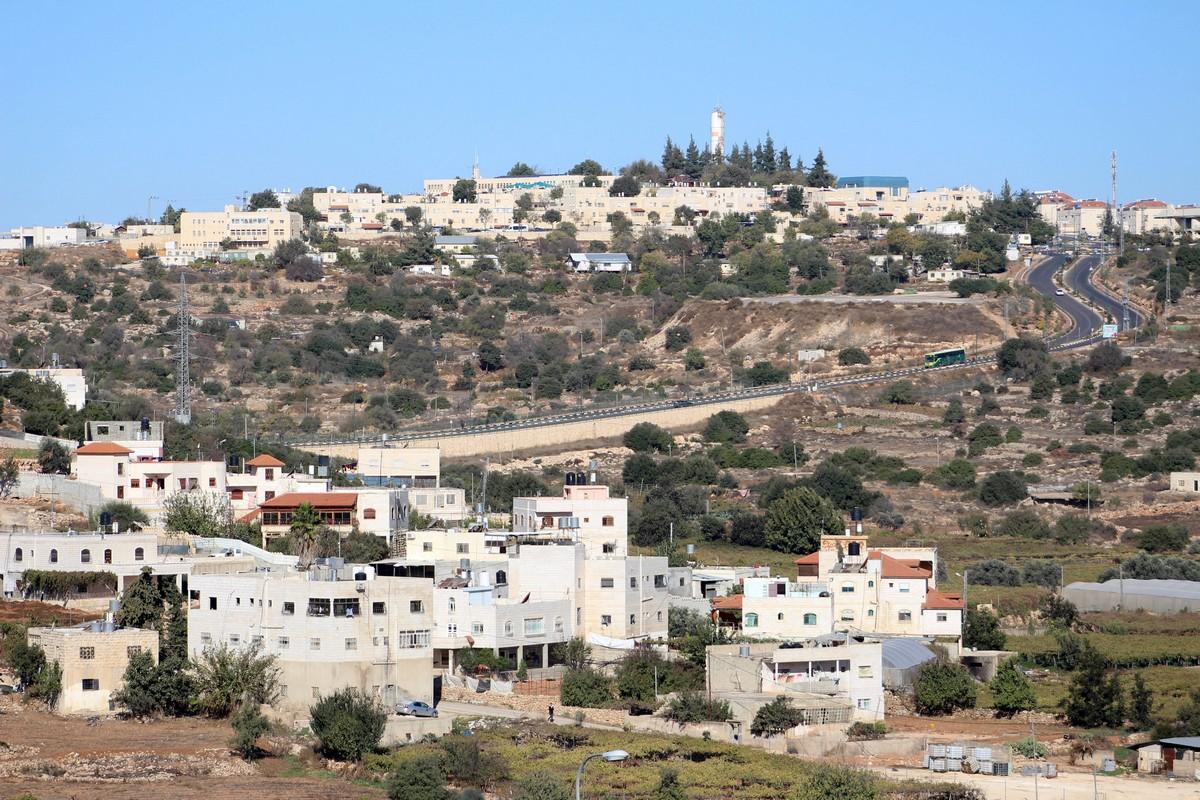 463 mila coloni vivono in 150 colonie nella Cisgiordania occupata