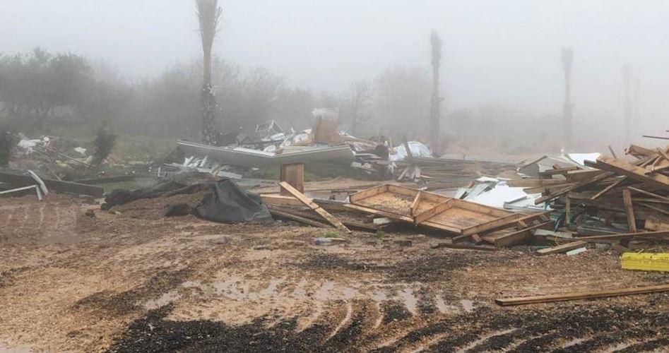 Forze israeliane demoliscono parco e sala per matrimoni in Galilea