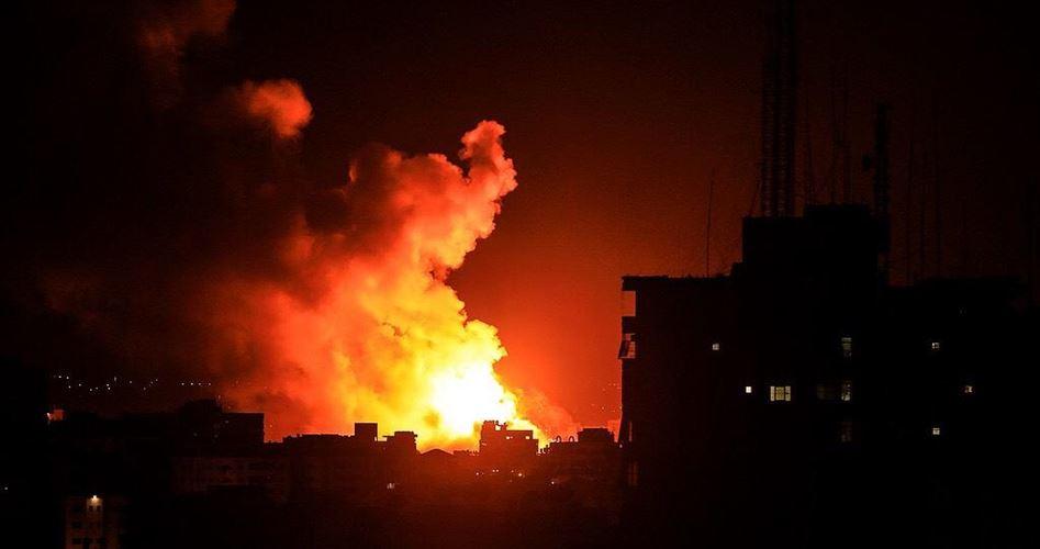 Aerei da guerra israeliani attaccano la Striscia di Gaza
