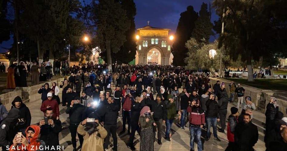 Migliaia di palestinesi prendono parte alla campagna del Grande Fajr