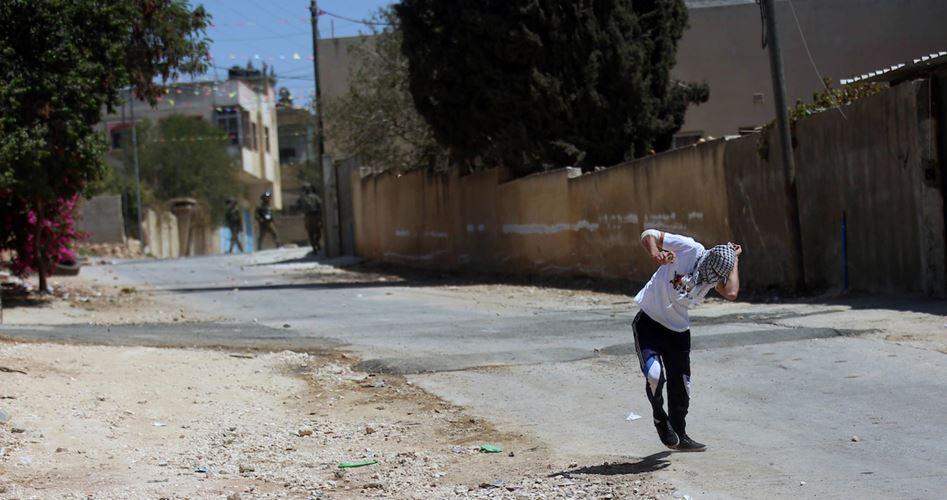 Decine di palestinesi feriti dalle IOF durante marcia settimanale di Kafr Qaddum