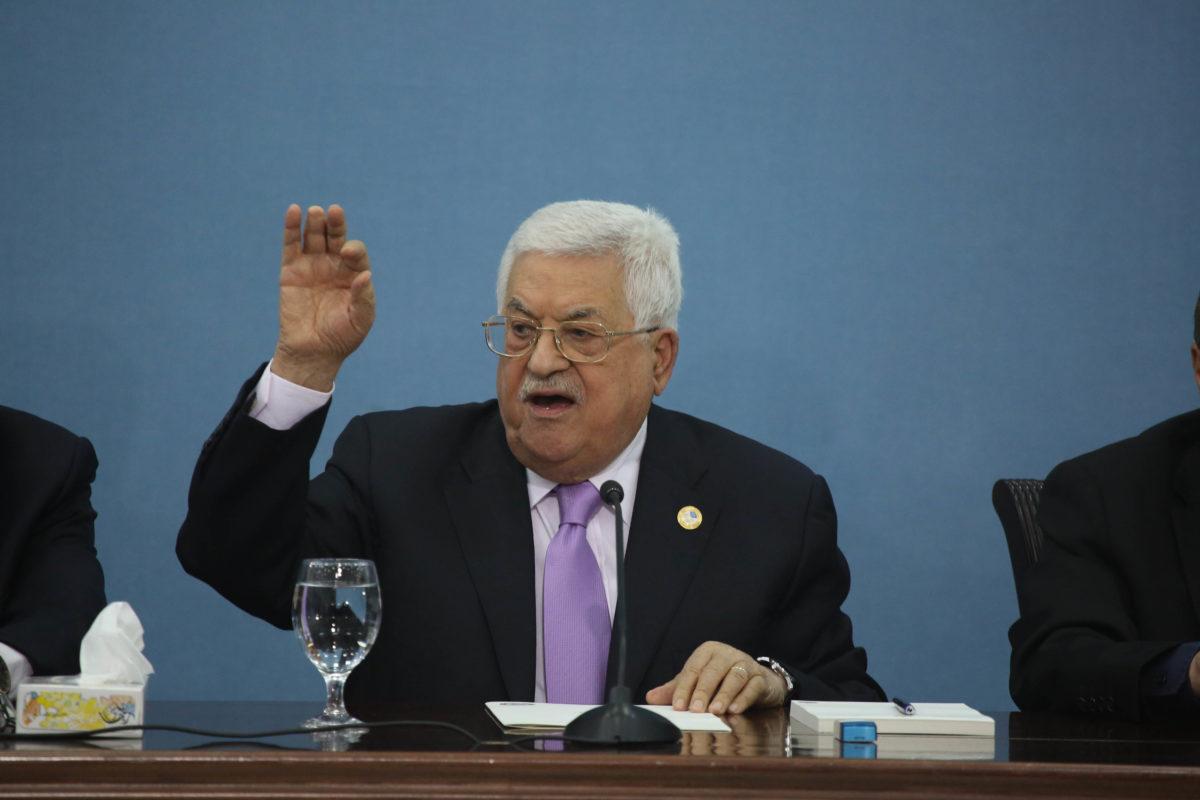 """Abbas: """"Non passerò alla storia come colui che ha rinunciato a Gerusalemme"""""""