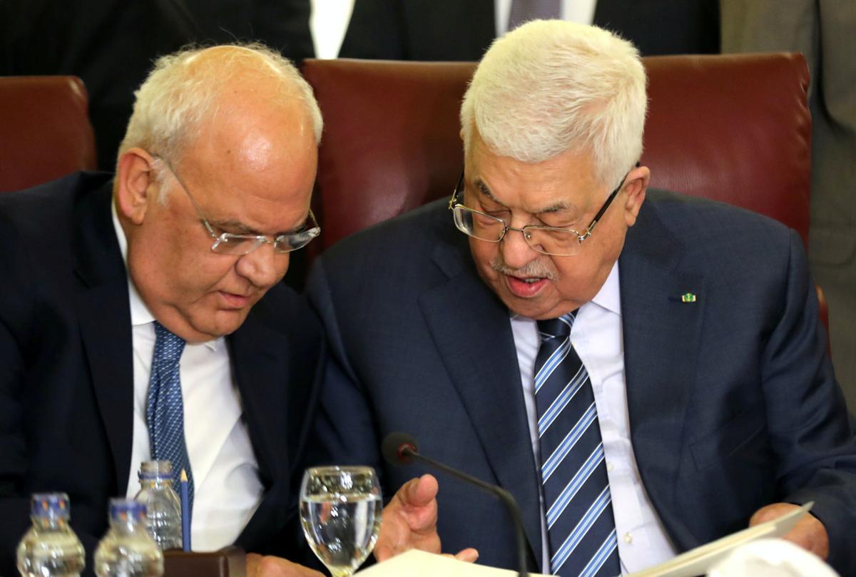 Abbas promette di tagliare i legami di sicurezza con gli USA e Israele, mentre la Lega Araba rifiuta il piano Trump