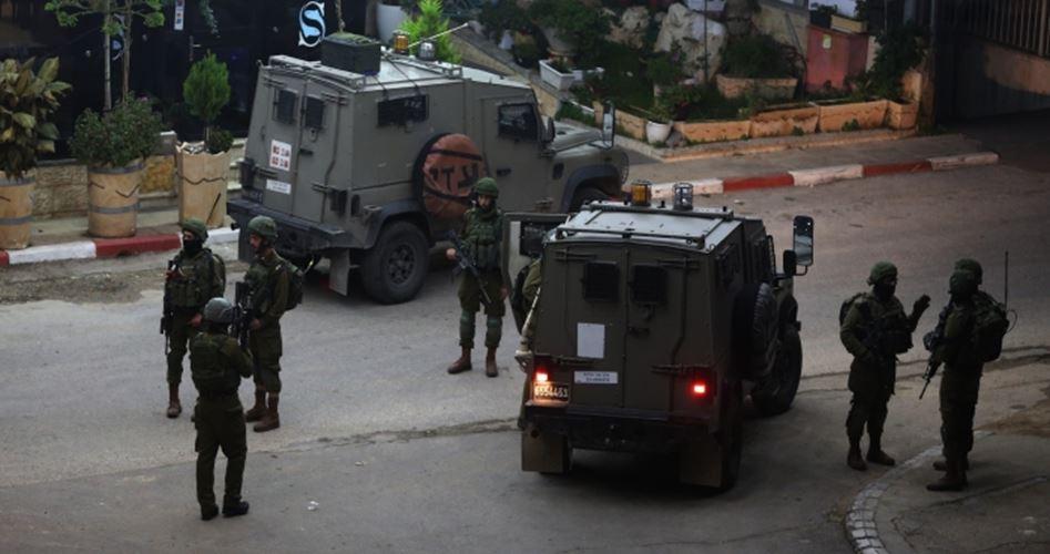 Soldati sparano contro auto palestinese a Ramallah: 2 feriti