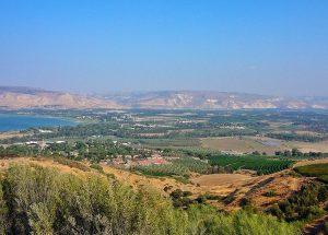 Coloni invadono villaggi nel nord della Valle del Giordano