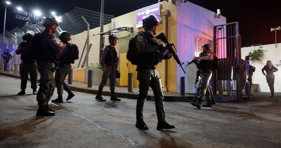 Studente gerosolimitano ferito in un violento attacco della polizia di occupazione