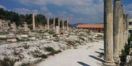 Decine di coloni hanno invaso il sito archeologico di Sebastia