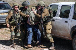 Rapporto: Israele ha arrestato 357 palestinesi a marzo, nonostante il Covid-19