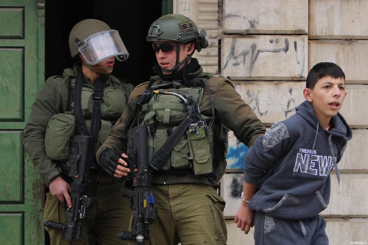 Le autorità di occupazione hanno arrestato 250 palestinesi, tra cui 54 bambini