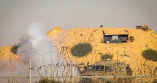 Le IOF attaccano contadini nel sud della Striscia di Gaza