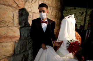 Il matrimonio ai tempi del coronavirus: il mondo sta vivendo l'esperienza di Gaza