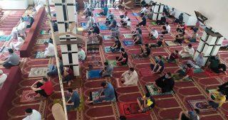 Moschee di Gaza riaprono per le preghiere del venerdì