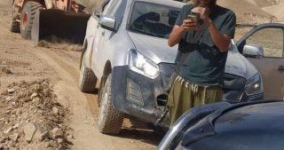 Colono spiana terreni di comunità beduina a Gerico