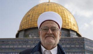Gerusalemme, 20.000 palestinesi partecipano alla preghiera del venerdì a al-Aqsa